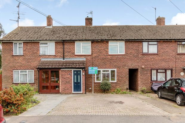 3 bed terraced house for sale in Edmunds Road, Hertford