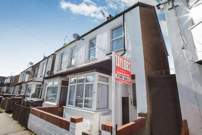 2 bed semi-detached house for sale in Letchworth Road, Luton, Bedfordshire, Leagrave