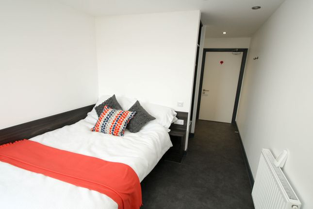 Thumbnail Flat to rent in Clarence Street, Newcastle Upon Tyne