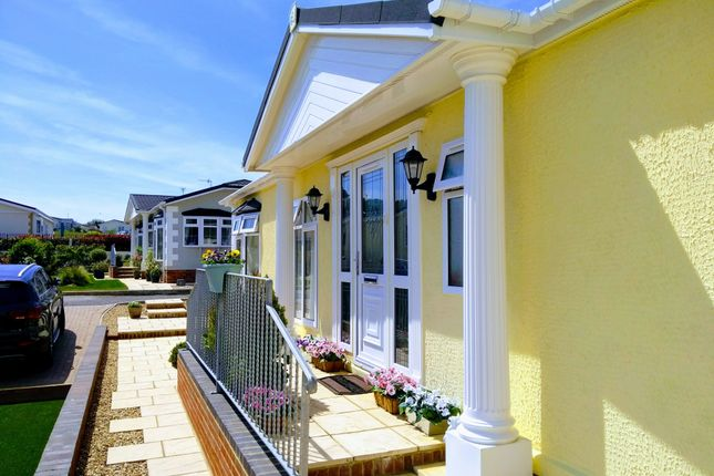 Thumbnail Mobile/park home for sale in Eastbourne Heights (5927), Oaktree Lane, Eastbourne, East Sussex