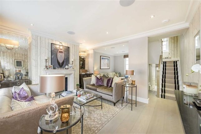 Thumbnail Property for sale in First Street, London