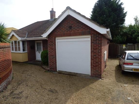 Thumbnail Bungalow for sale in Hunting Gate, Colchester, Essex