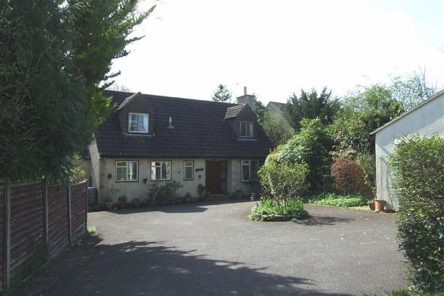3 bed detached bungalow for sale in The Beeches, Shaw, Melksham