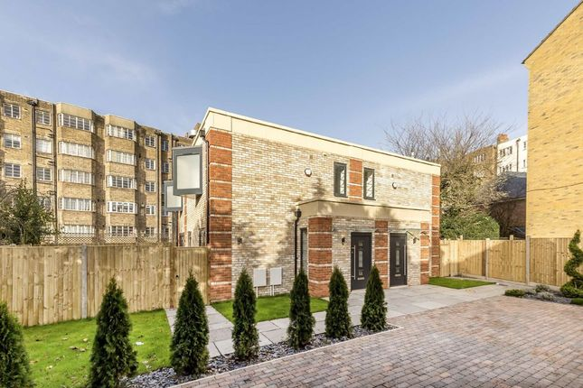 Thumbnail Semi-detached house to rent in Woodleigh Gardens, Streatham