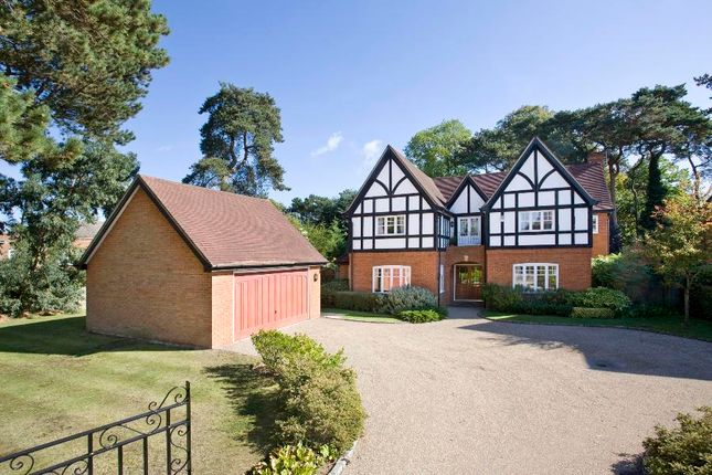 Thumbnail Detached house to rent in Ridgemount Road, Sunningdale, Ascot