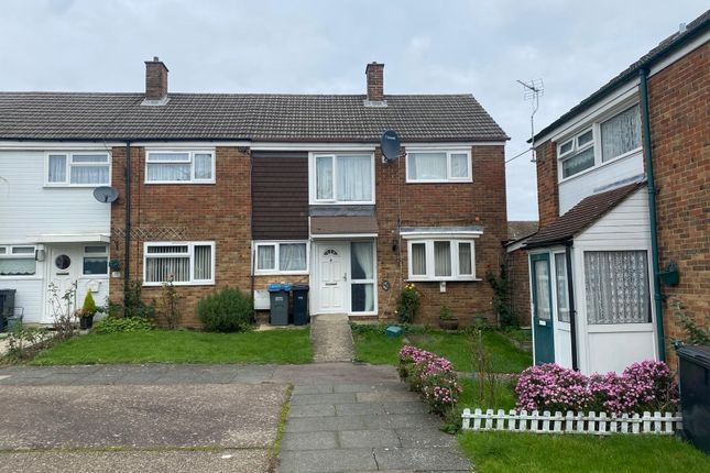 3 bed end terrace house to rent in Primrose Field, Harlow CM18