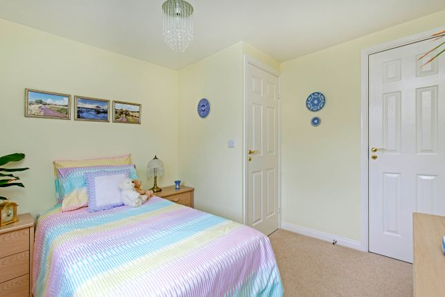 Bedroom of Seagrave Drive, Hasland, Chesterfield S41
