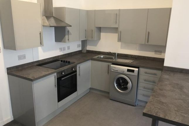 Thumbnail Flat to rent in 4 Whitehall Street, Flat 1/2, Dundee