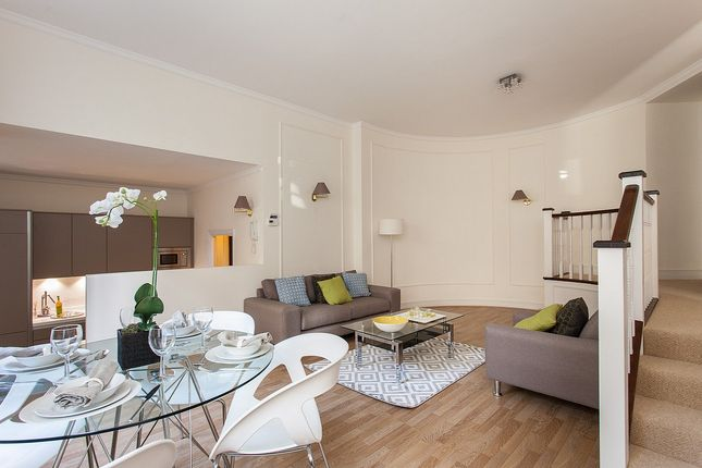 Thumbnail Flat to rent in Mansfield Street, London
