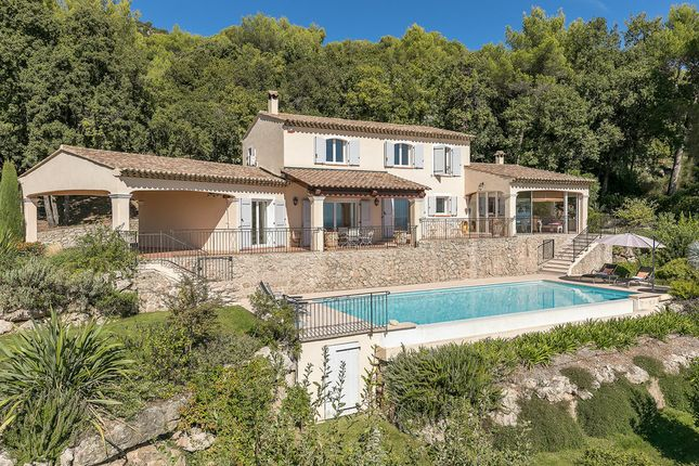 Villa for sale in Saint Paul De Vence, French Riviera, France