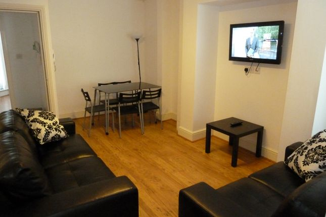 Thumbnail Flat to rent in Derby Road, Fallowfield, Manchester