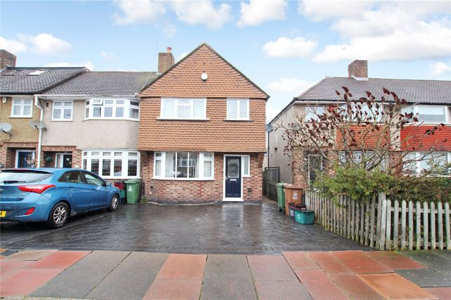 3 bed end terrace house for sale in Norfolk Crescent, Sidcup, Kent