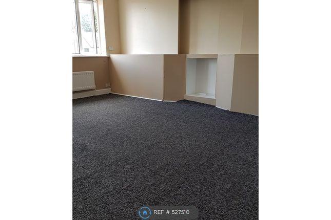 Thumbnail Flat to rent in Blurton Road, Stoke-On-Trent