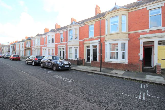 Thumbnail Flat to rent in Hazelwood Avenue, Jesmond, Newcastle Upon Tyne