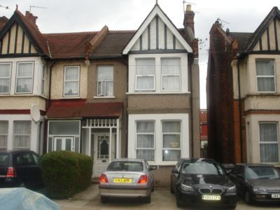 Thumbnail Flat for sale in London Road, Wembley