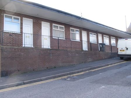 Thumbnail Bungalow to rent in St. Stephens Street, Oldham