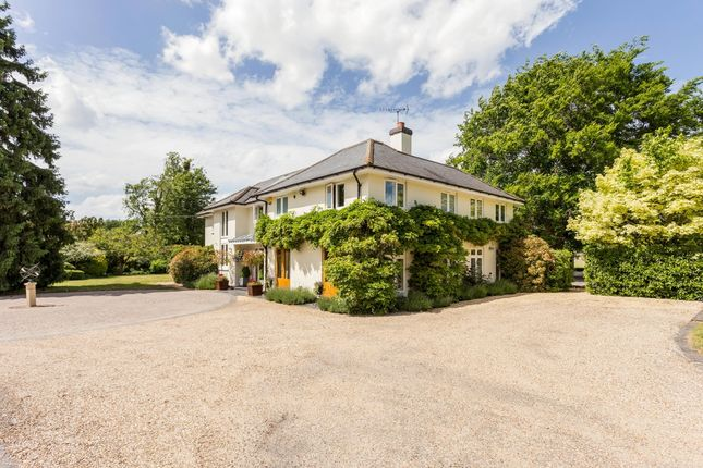 Thumbnail Detached house to rent in Willow Lane, Wargrave, Reading