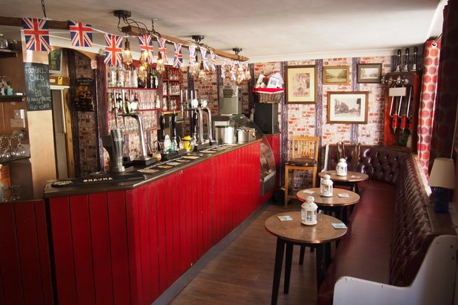 Thumbnail Pub/bar for sale in Licenced Trade, Pubs & Clubs DN14, Howden, East Yorkshire