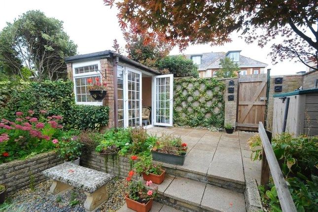 Picture No. 18 of Wedgwood Drive, Whitecliff, Poole, Dorset BH14