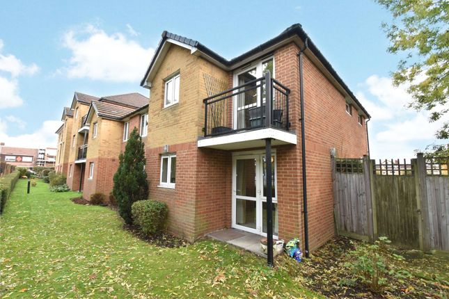 2 bed flat for sale in Yorktown Road, College Town, Sandhurst GU47