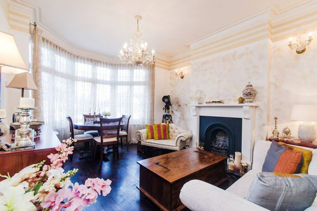 3 bed flat for sale in Nibthwaite Road, Harrow