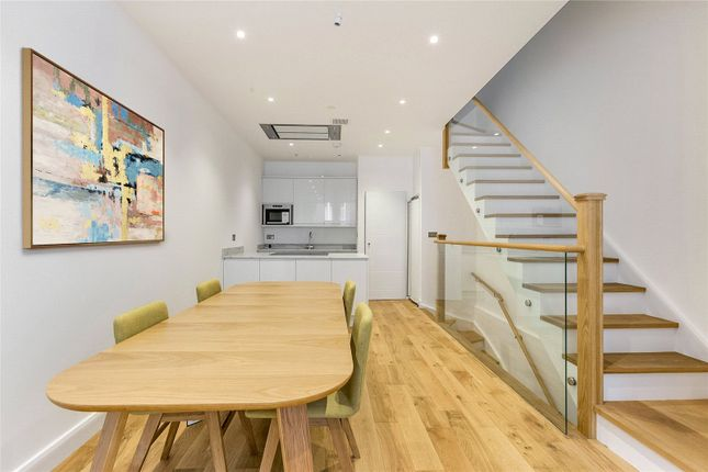 Thumbnail Terraced house to rent in Redfield Lane, London