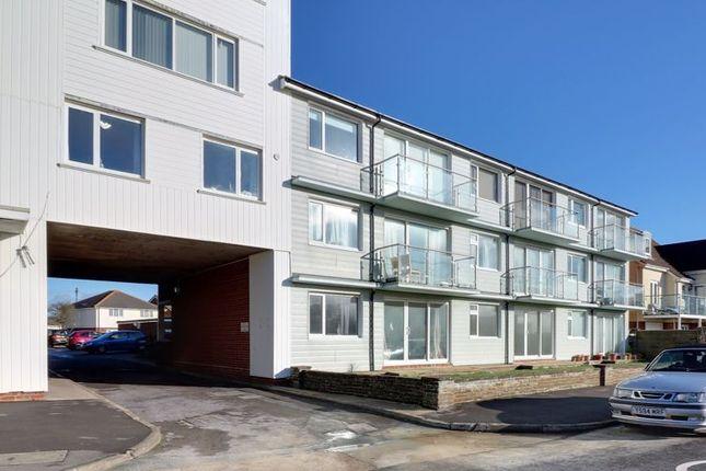 Thumbnail Flat to rent in Bembridge Drive, Hayling Island