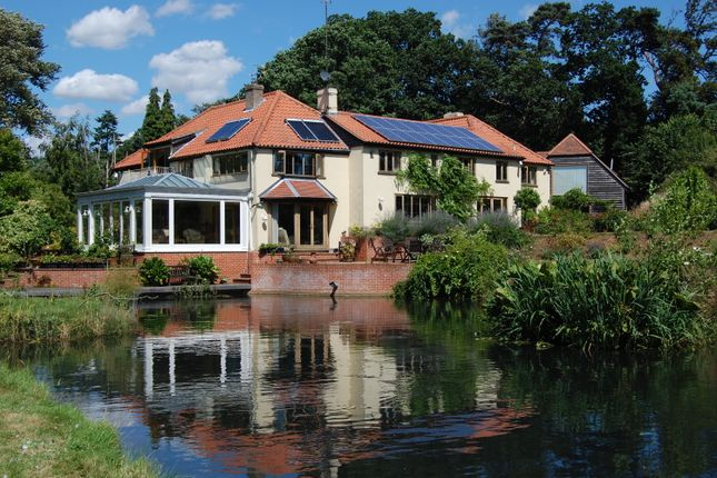 Thumbnail Farmhouse for sale in Hollesley, Woodbridge, Suffolk