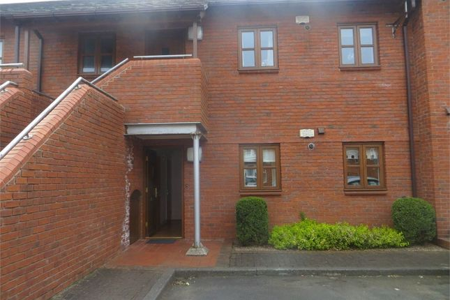 Thumbnail Flat to rent in Old Hall Gardens, Monkpath, Solihull, West Midlands