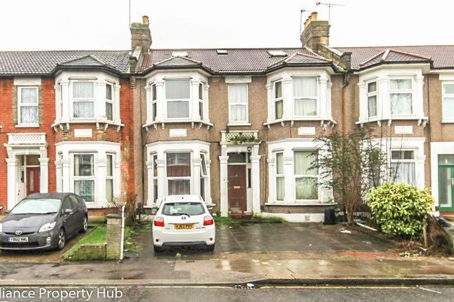 Thumbnail Flat for sale in Empress Avenue, Ilford