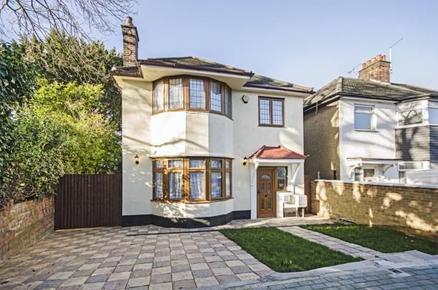 Thumbnail Detached house to rent in Hillcourt Avenue, London