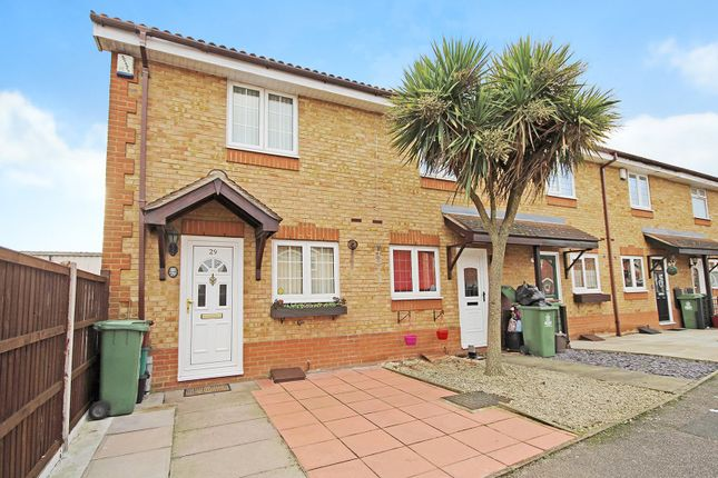 Thumbnail Property for sale in East Road, Welling, Kent