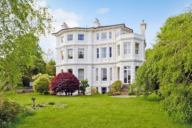Thumbnail Flat for sale in Ayot House, Nevill Park, Tunbridge Wells