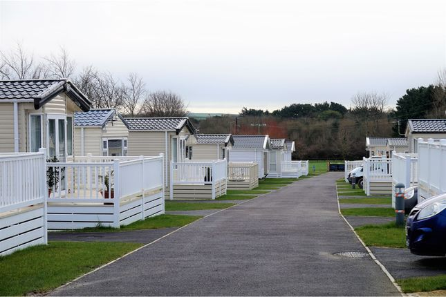 2 bed mobile/park home for sale in Braunton Road, Barnstaple