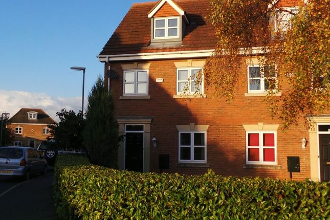 Thumbnail Semi-detached house to rent in Langford Gardens, Grantham