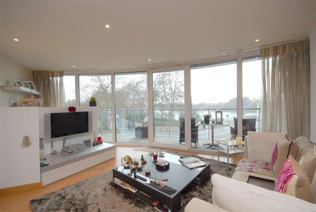 Thumbnail Flat for sale in Two Bedroom. Chelsea Bridge Wharf