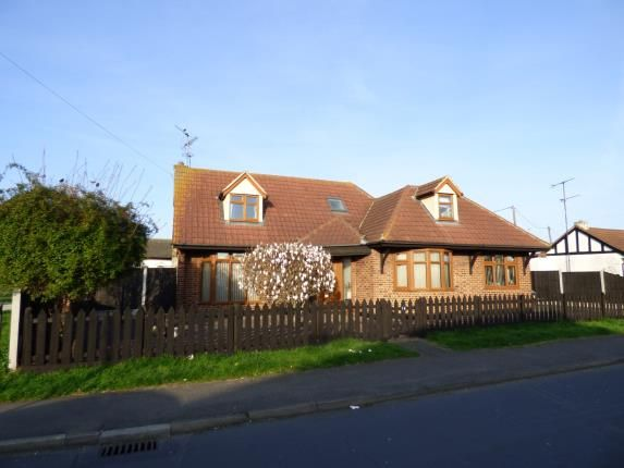Thumbnail Bungalow for sale in Wittem Road, Canvey Island