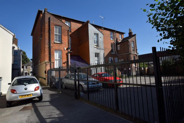 Thumbnail Flat to rent in Newland Street, Witham
