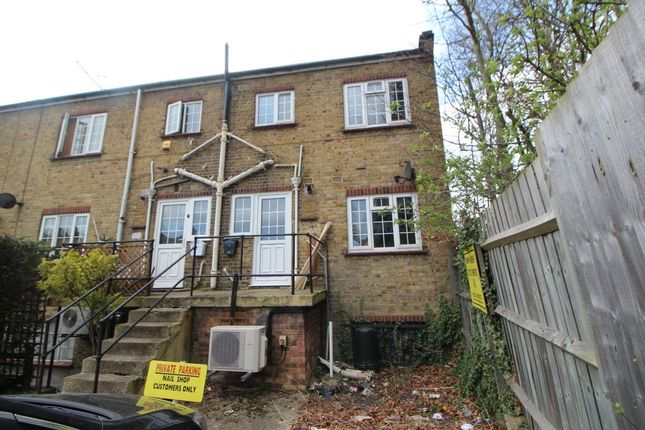 Thumbnail Flat to rent in Oram Place, Lawn Lane, Hemel Hempstead