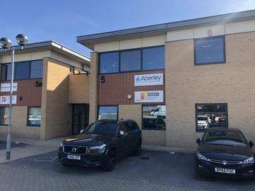 Thumbnail Office to let in Porters Wood, St. Albans