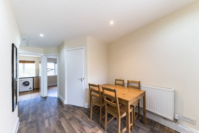 Thumbnail Cottage to rent in Stevens Cottages, High Road, Willesden Green