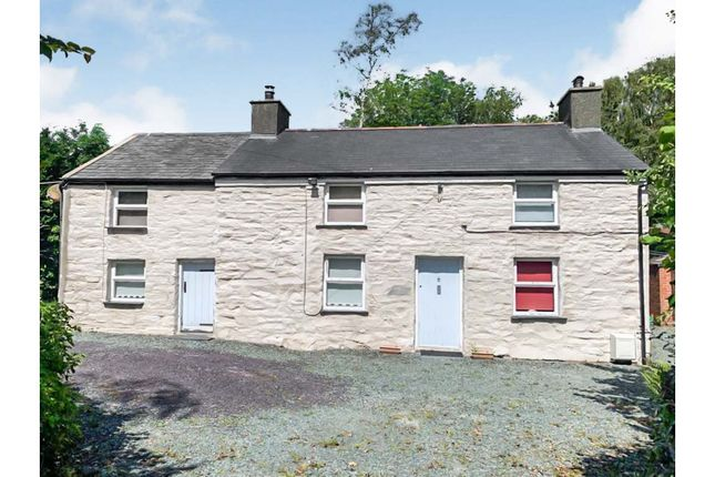 Thumbnail Property for sale in Castle Street, Penrhyndeudraeth