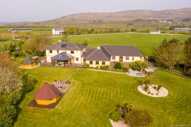 Thumbnail Country house for sale in Schull, Cork, Munster, Ireland