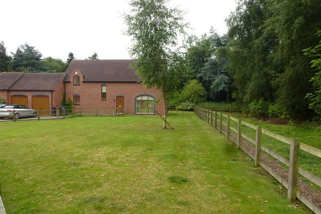Thumbnail Barn conversion to rent in Wolvey Road, Hinckley
