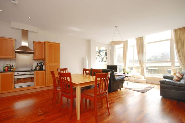 Thumbnail Flat to rent in Bunhill Row, Old Street