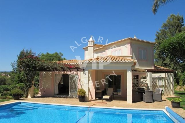 3 bed villa for sale in Carvoeiro, Algarve, Portugal