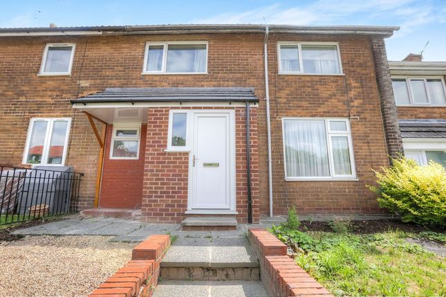 Thumbnail Terraced house to rent in Hattersley Road West, Hyde