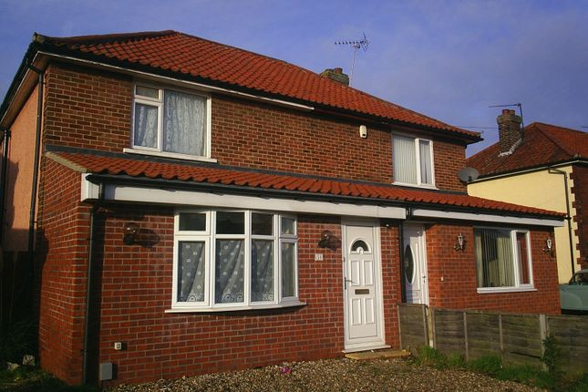 3 bed semi-detached house to rent in Cozens-Hardy Road, Sprowston, Norwich