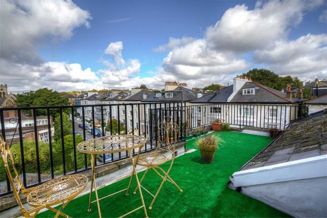 1 bed flat for sale in Belsize Square, London, London