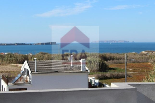 Semi-detached house for sale in Ferrel, Ferrel, Peniche